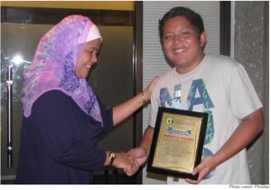 Genius 15-Year-Old Filipino Inventor Has Created Biodegradable Plastic Bags