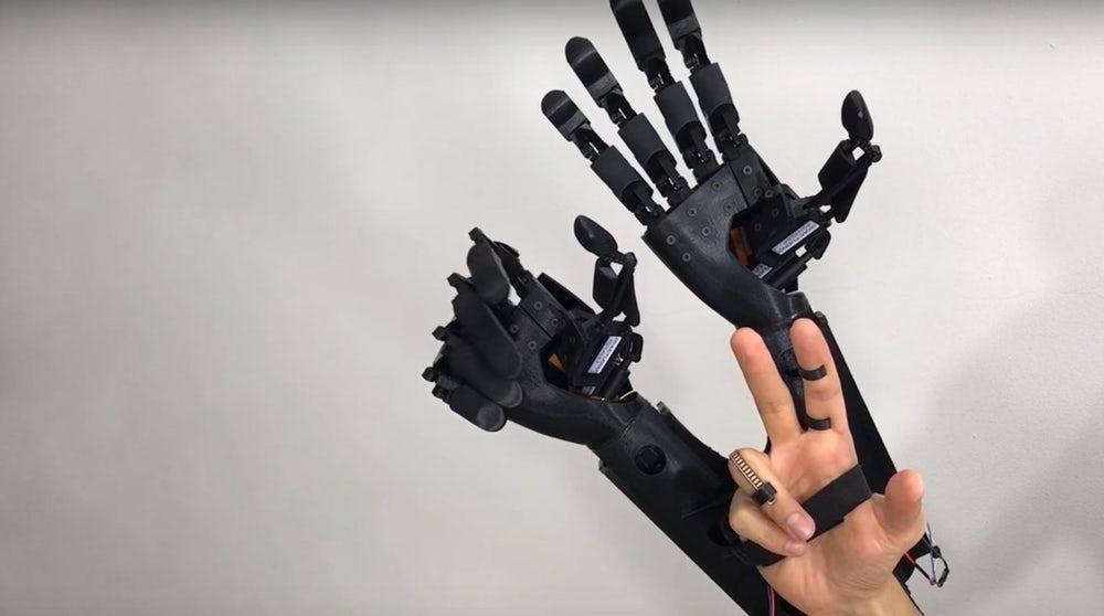 youbionic-double-hand-10