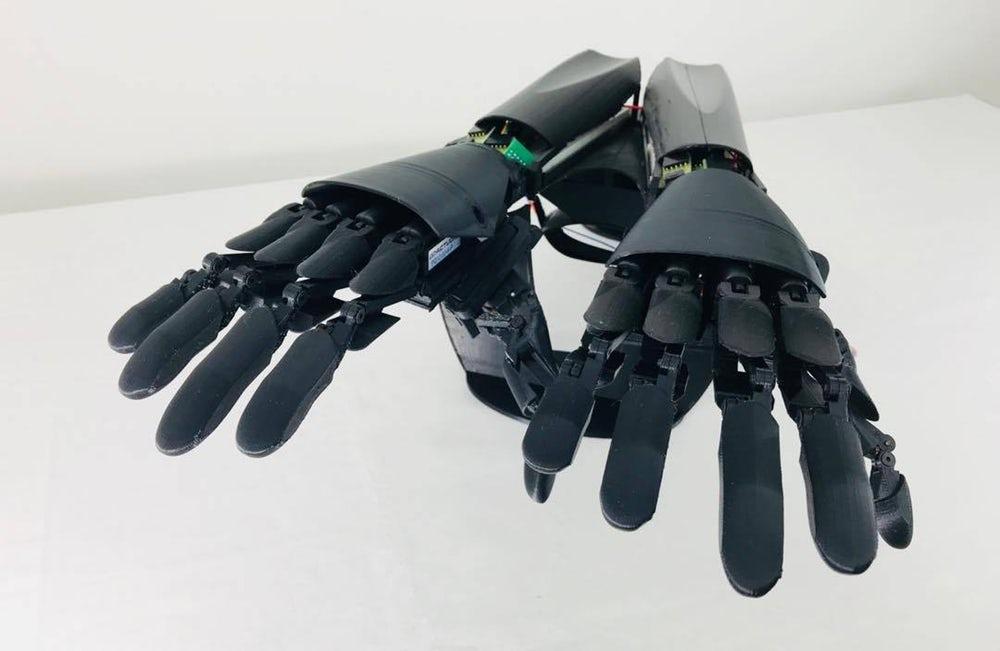 youbionic-double-hand-4