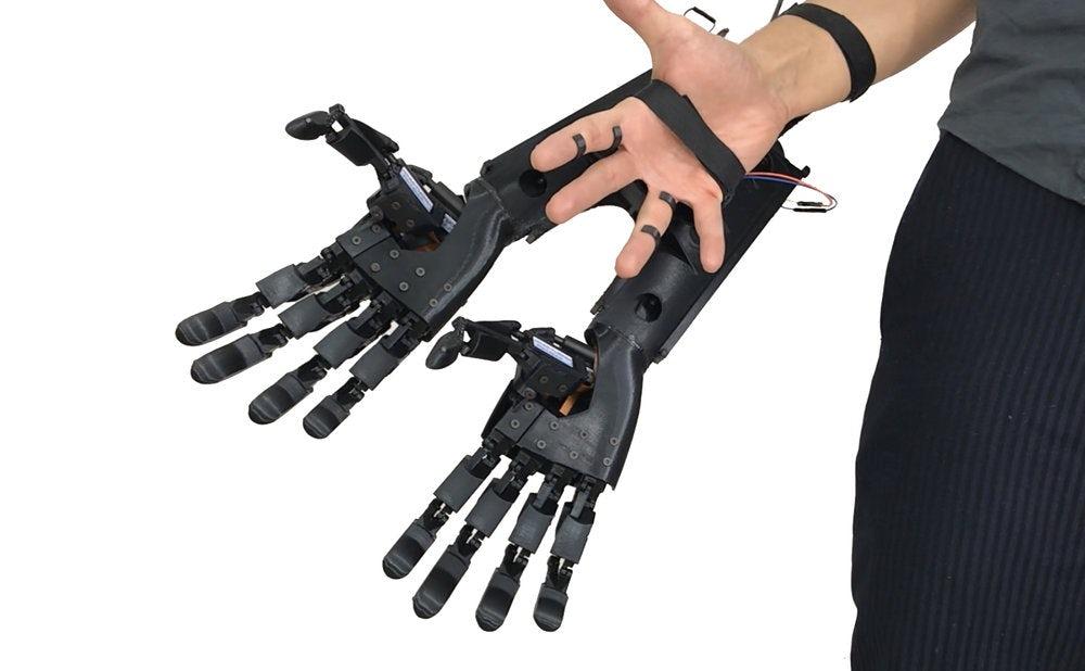 youbionic-double-hand-7