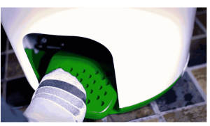 A Portable Washing Machine That Doesn't Need a Drop of Electricity