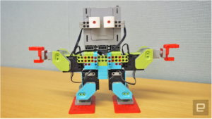 Kids' bot breaks into a dance to teach them how to code